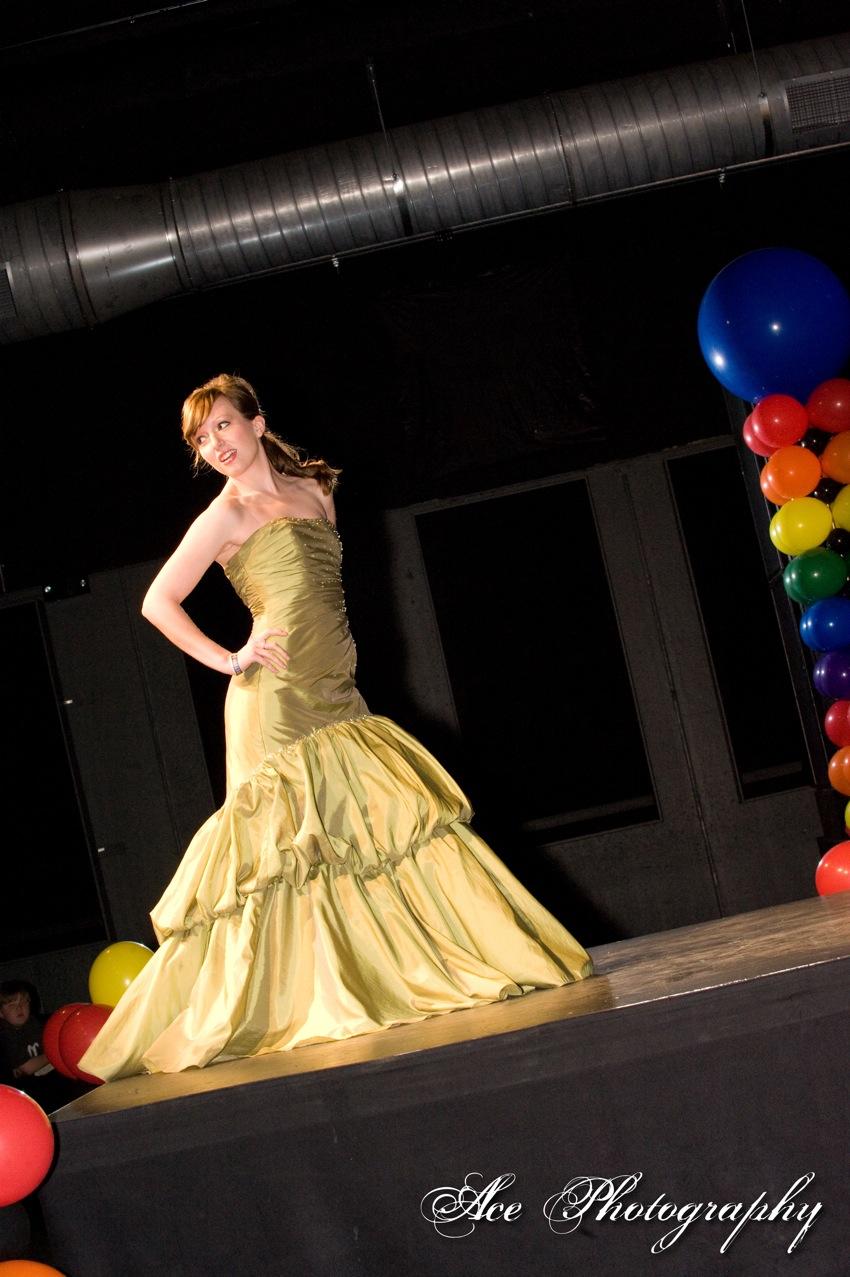 prom fashion show (2)